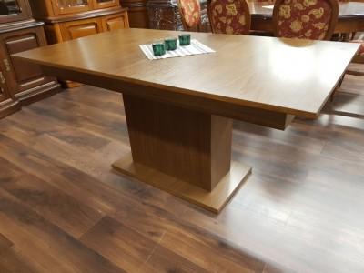 stół OCTAGON
